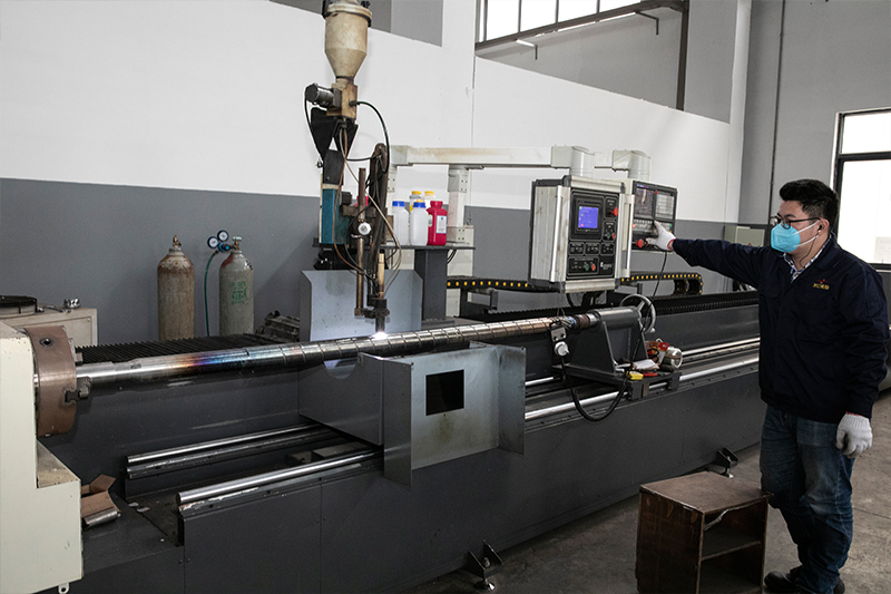 German-Plasmas-Automatic-Screw-Welding-Machine